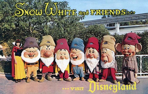 FOTOS RETRO… 1950s-1970s: Disney