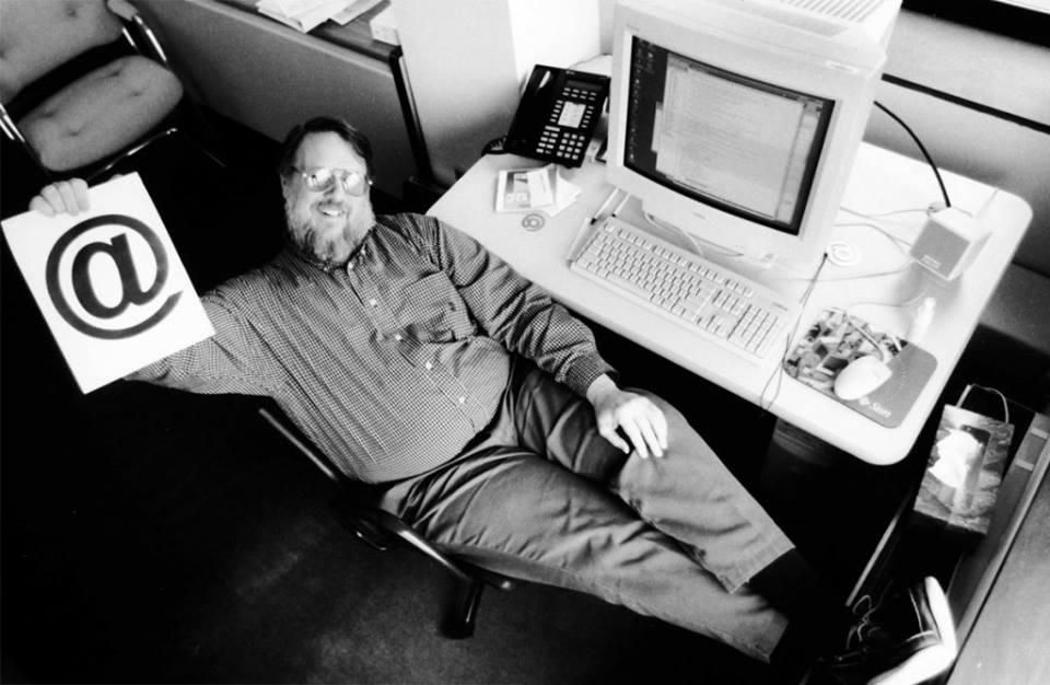 Ray Tomlinson - Padre del e-mail