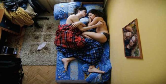Hermosas imágenes de futuros padres durmiendo